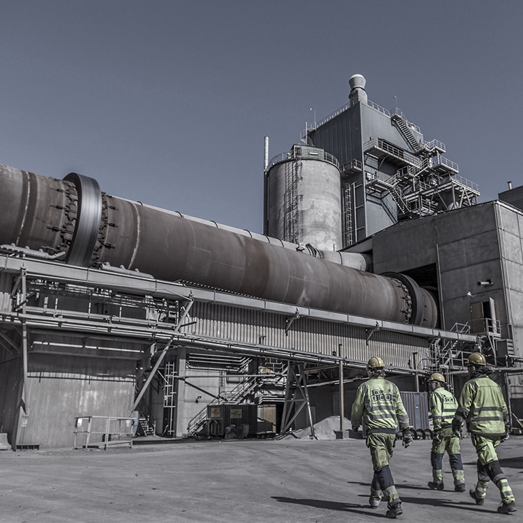 Cement production and wear-resistant solutions