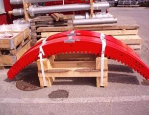 重量较轻的滑雪升降机驱动轮