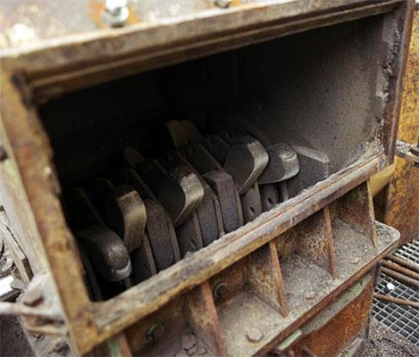 用于沥青回收的板锤使用寿命更长