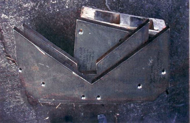 Liner plate in limestone quarry with improved service life