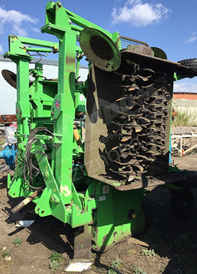 Ground cultivator knives with longer service life