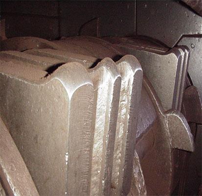 用于木材回收的锤头更耐用