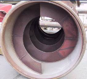 Screw conveyor flanges to cement plant with long service life