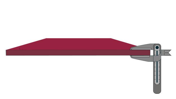 Парче износоустойчив лист Hardox® с гарантирани допустими отклонения на дебелината, което гарантира по-прецизни изчисления на теглото и по-точни граници на безопасност .