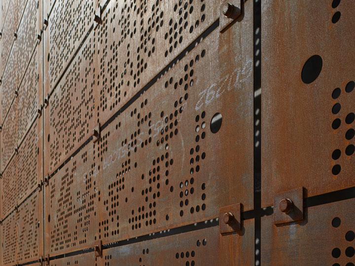 Delinmiş COR-TEN® çelik paneller