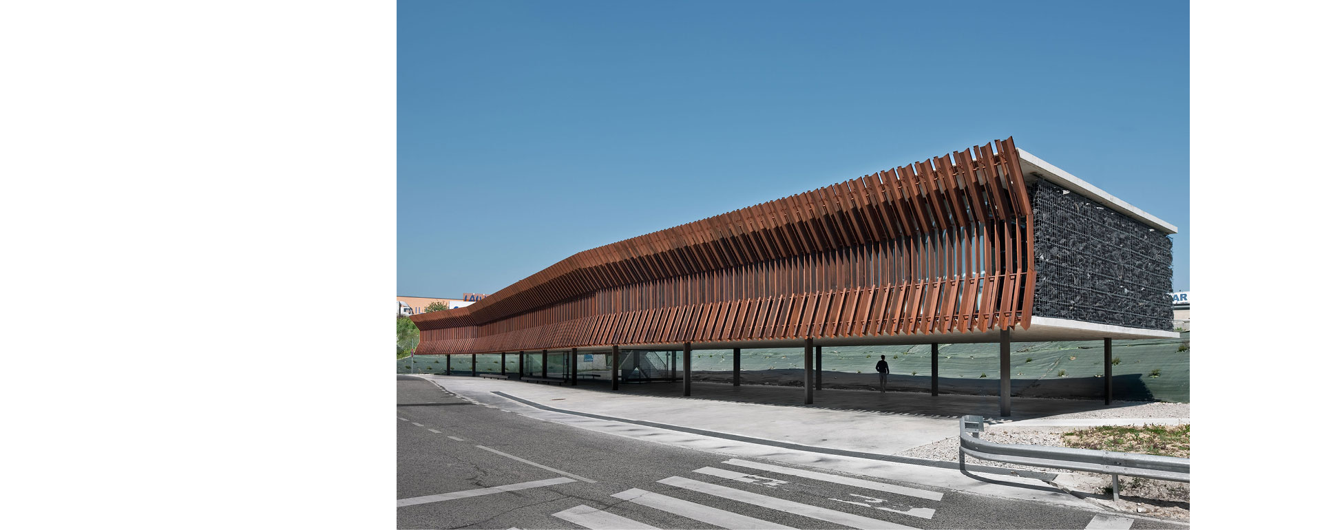 COR-TEN® - Audenasa Genel Merkezi
