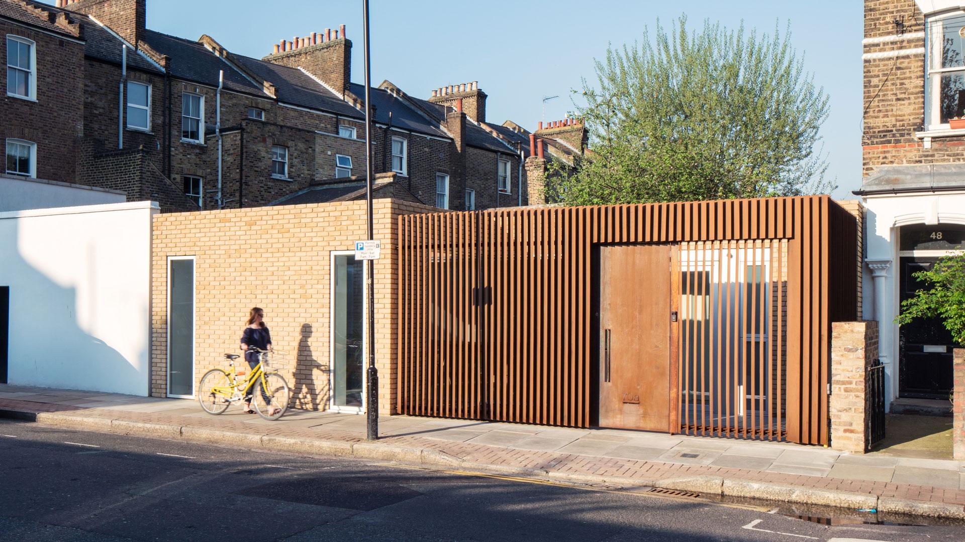 Jardin clos en acier COR-TEN® à Hackney