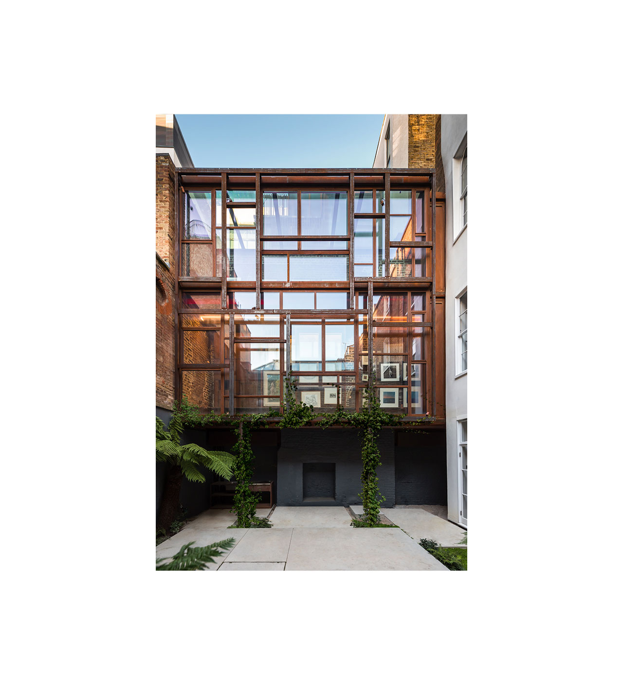 COR-TEN® – Layered Gallery