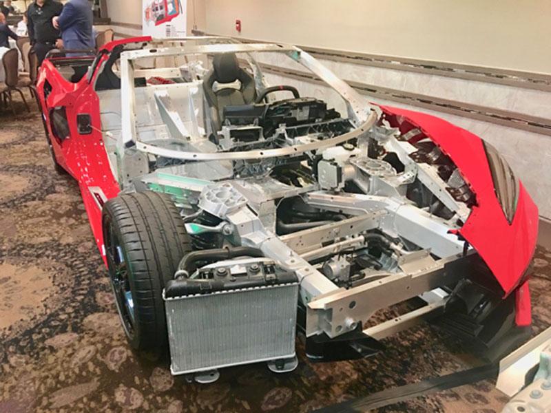Rohkarosserie des Chevy Corvette 2020