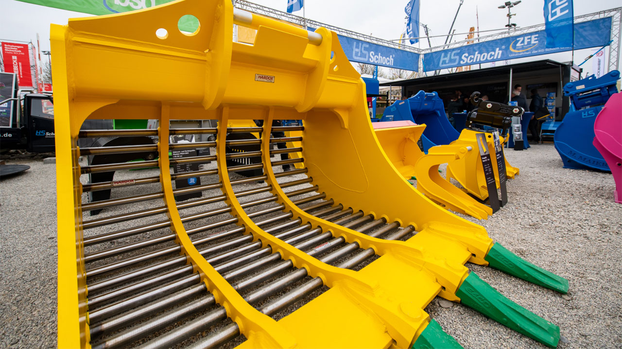 HS Schoch achieves a longer and more reliable service life in their sieving buckets
