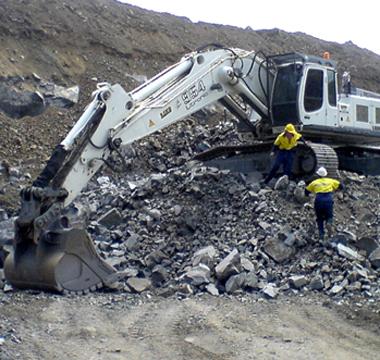 Excavation equipment loses weight, gains better image