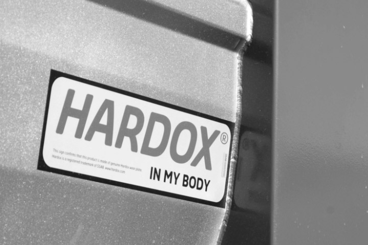 The Hardox® In My Body sign on equipment means that it is made in Hardox® wear steel and certified to the highest quality
