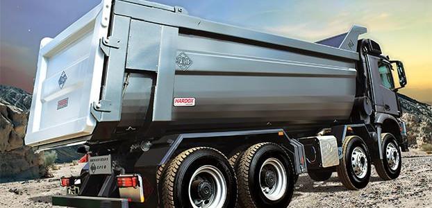 Industrias Baco billenő felépítményes teherautó