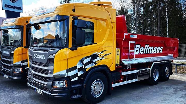 Bellmans tippbilar med flak i Hardox® 500 Tuf väcker stor uppmärksamhet.