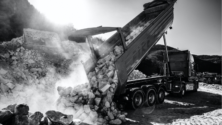 A scrap yard, with demolition and recycling attachments made in Hardox® wear plate