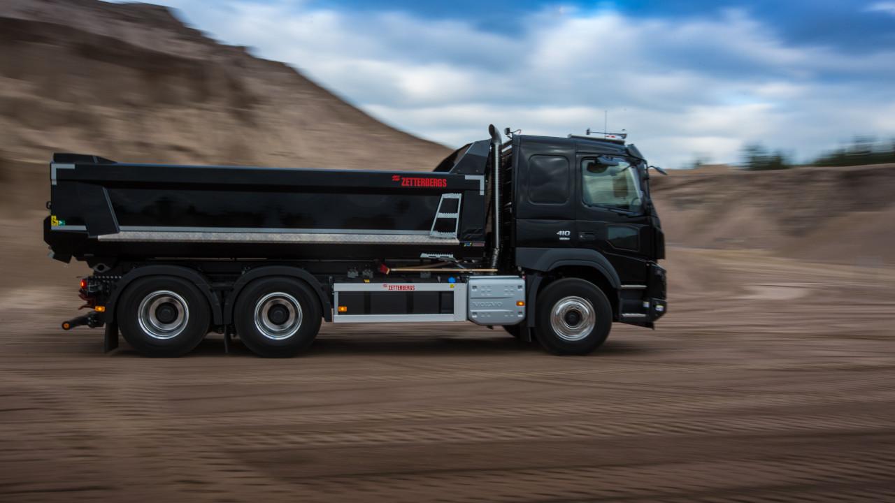 sklápěcí nákladní automobil