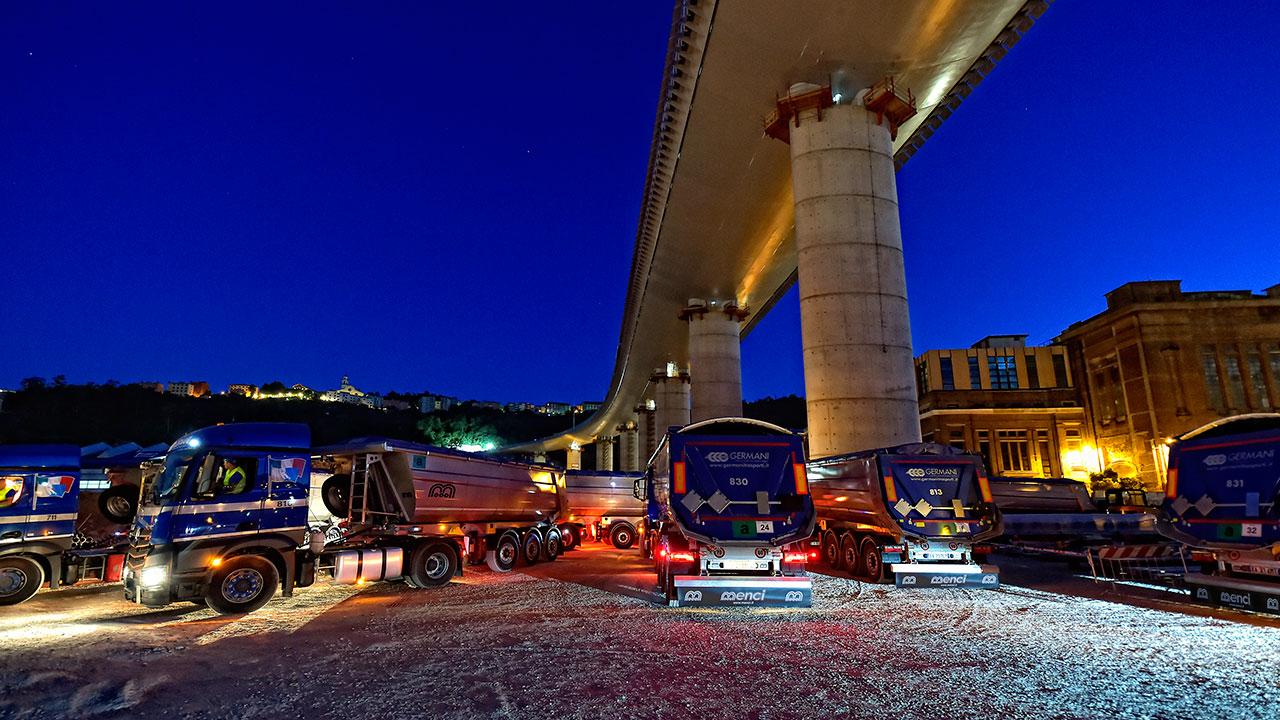 Mezzi Menci, certificati Hardox® In My Body, nella ricostruzione del Ponte Morandi