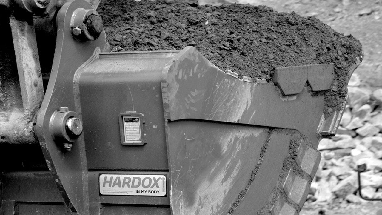 Hardox® In My Body tanúsítvánnyal rendelkező kotrógépkanál
