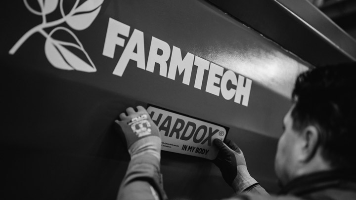 Volquete agrícola de Hardox® In My Body de Farmtech