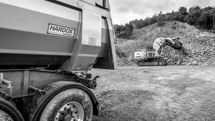 O caminhão basculante Hardox® In My Body dura mais tempo
