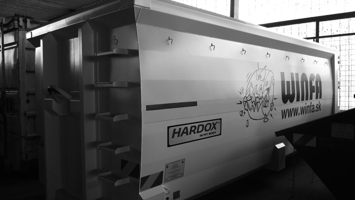 Hardox® In My Body tanúsítvánnyal rendelkező konténerek a Winfától