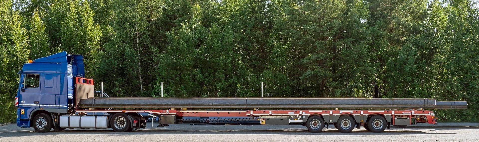18 m long open profiles on a truck