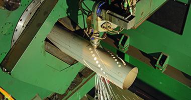 Serviços de processamento da SSAB - Tubo com corte a laser