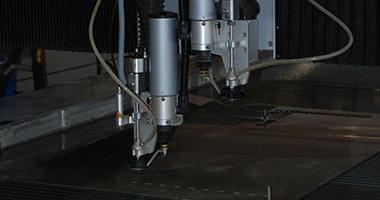 Servizi di lavorazione SSAB - Taglio a getto d'acqua