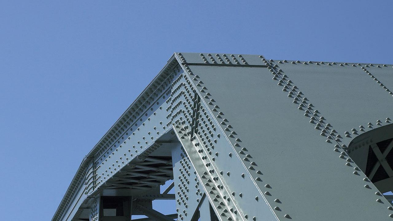 Estructura de acero SSAB Weathering pintado