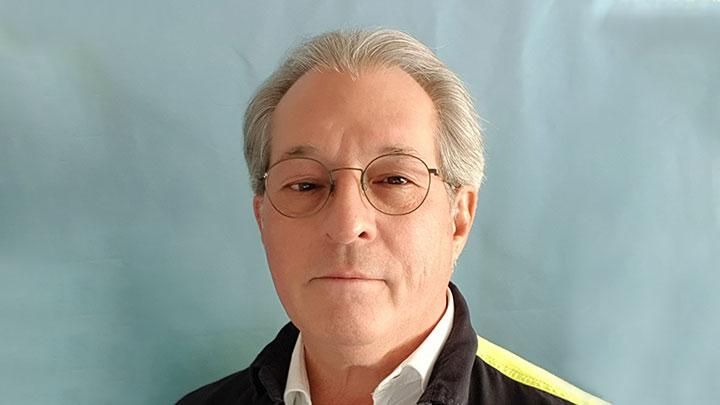 Prowadzący Robert F. Wesdijk