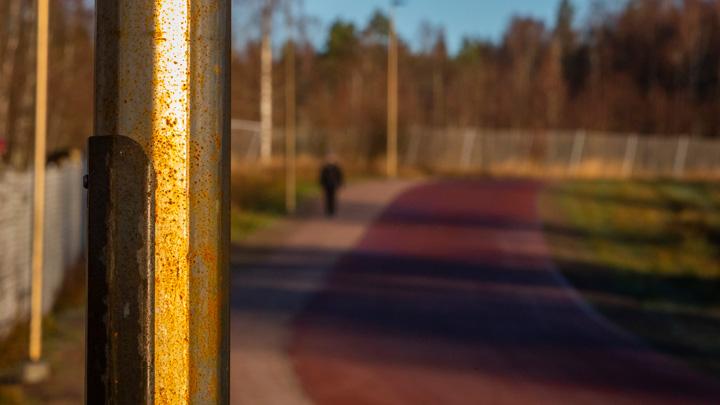 Belysningsstolpar i SSAB Weathering på Lugnet i Falun