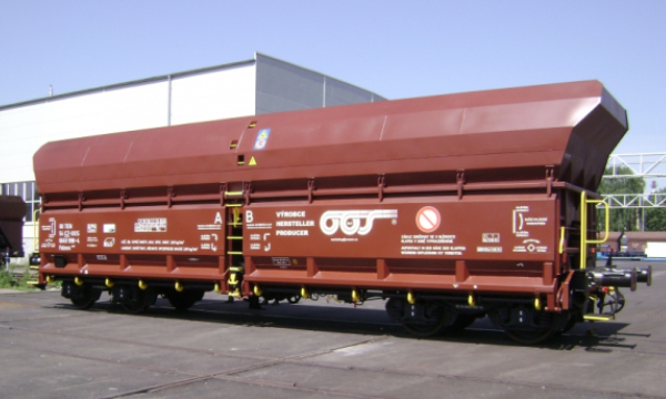 High strength steel for railway vehicles and shipping containers