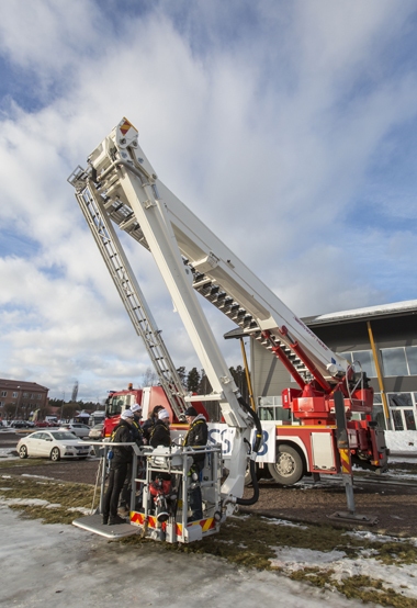 Bronto's crane booms with advanced high-strength steel Strenx