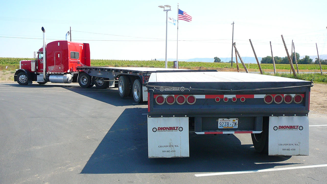 View from the rear of a trailer combination made by Dionbilt