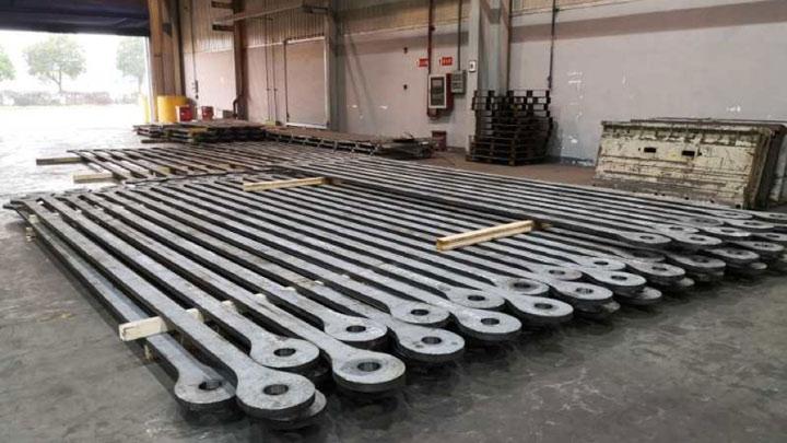 XCMG'nin paletli vinçleri için yüksek kaliteli gergi çubukları