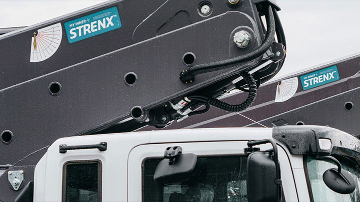 Driving performance with My Inner Strenx® truck-mounted aerial lift by Horyong